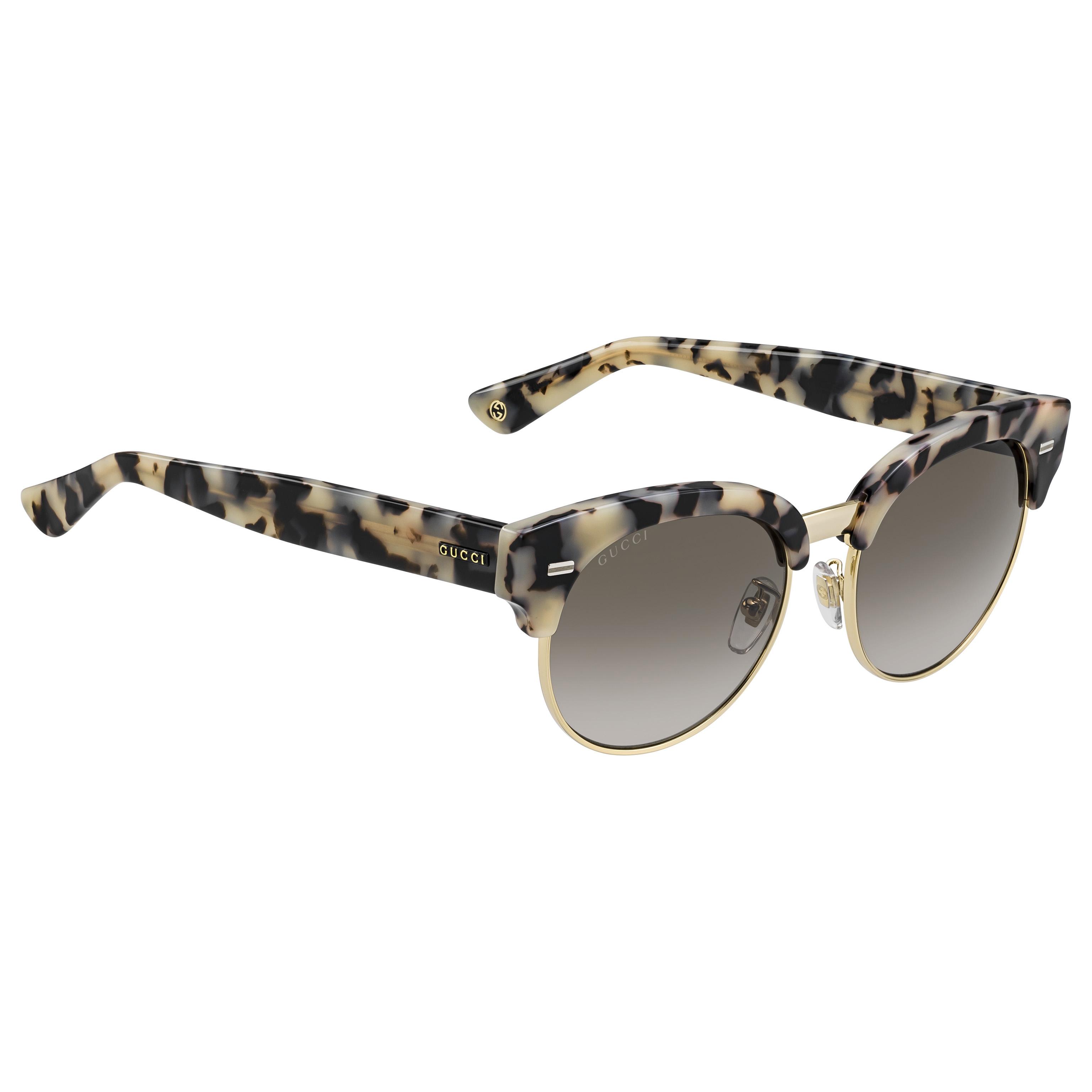 a1b001afcf2 Heel wat zonnebrillen zijn een subtiele knipoog naar de couturelijn of  accessoires. Denk maar aan de Gucci Bamboo zonnebrillen.